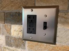 Wallplate Warehouse Devon White Steel - 1 Toggle Wallplate Review