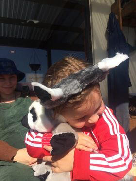 Wildlife Tree Ring-Tailed Lemur Ears /& Tail Set w// Stuffed Animal Pretend Play