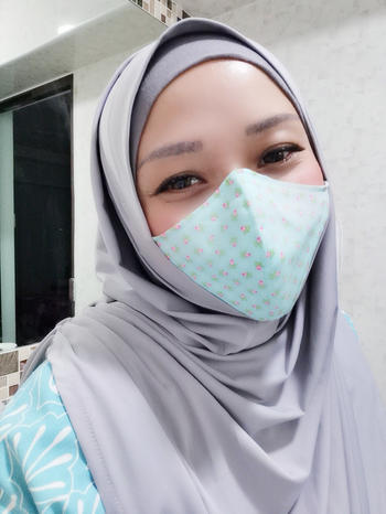 Graceful Swimmers Hijabi Reusable Cotton Mask Review