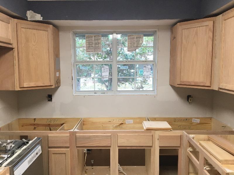 Corner Wall Cabinet | Unfinished Oak | 24\