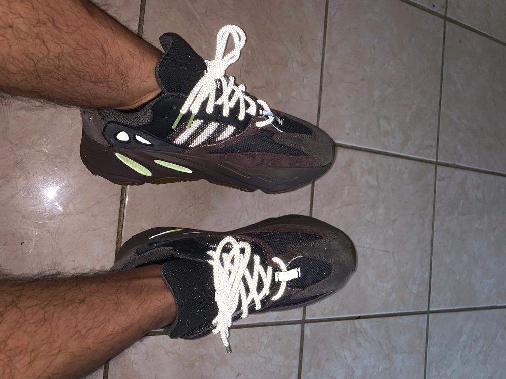 yeezy mauve laces