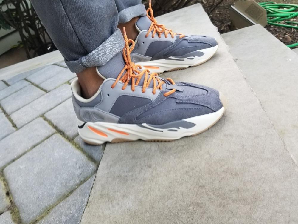 yeezy waverunner laces