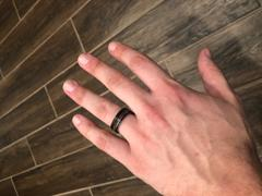 HappyLaulea Black & White Gold Tungsten Carbide Ring with Offset strip and Koa Wood Inlay -7.5mm Flat Shape, Comfort Fitment Review