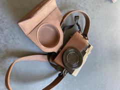 MegaGear Store MegaGear Panasonic Lumix DC-ZS80, DC-ZS70, DC-TZ95, DC-TZ90 Ever Ready Leather Camera Case and Strap Review