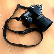 MegaGear Store MegaGear Sierra Series Genuine Leather Shoulder or Neck Strap for All Cameras Review