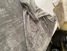 Hansel & Gretel Microfiber Fabric Gray Blanket Review