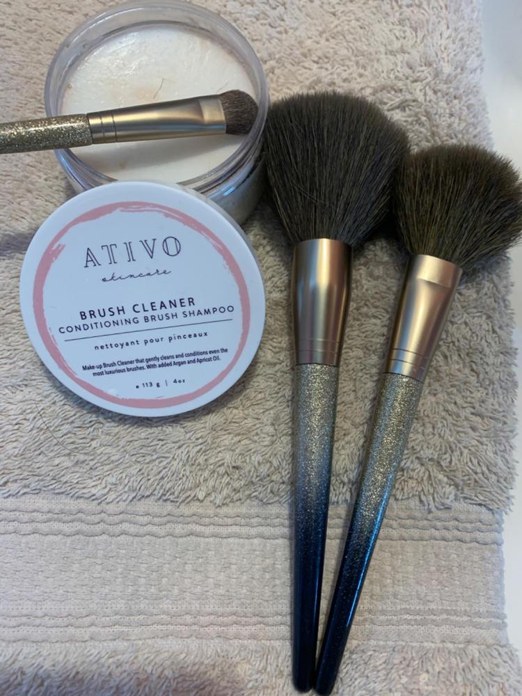 Makeup Brush Cleaner Shampoo - Ativo