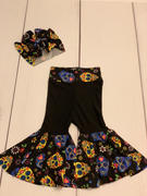 So Sew English Blue SUGAR SKULLS - Double Brushed Poly Spandex -By The Yard (Halloween) Review
