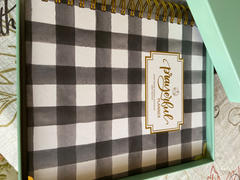 Prayerful Planner 2021 Prayerful Planner - DATED Farmhouse Plaid Review