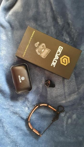 Luxury Earbuds - Noise Cancelling Earphones - GEVADE Review