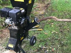 Deal Mart Wood Chipper 15hp (Electric Start) Review
