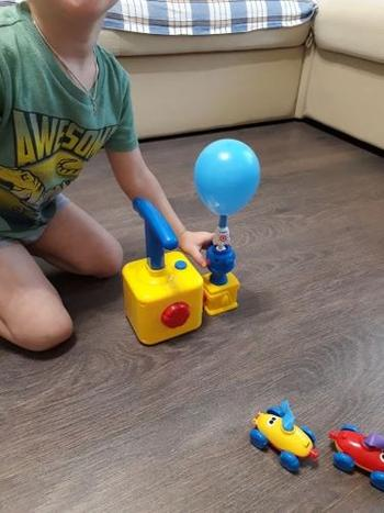 SNAPPYFINDS - Zoom-Balloon™ Balloon launcher & Car Toy Set Review