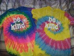 sunshinesisters BE KIND MYSTERY TANK Review