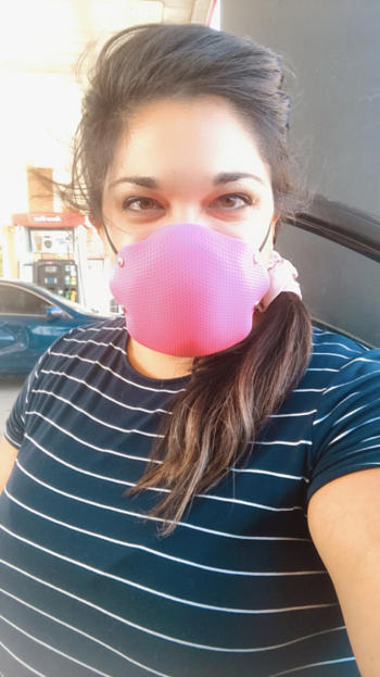 STS Official BREETHY Silicone Mask NEON PINK With 10 KN95 Filters Review