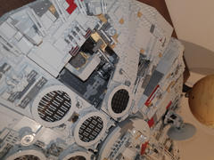 Myhobbies LEGO® 75192 Star Wars™ Millennium Falcon™ Review