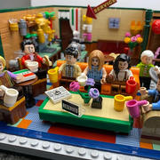 Myhobbies LEGO® 21319 Ideas Central Perk Review