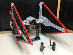 Myhobbies LEGO® 75272 Star Wars™ Sith TIE Fighter™ Review
