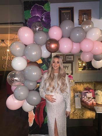 Bonjour Baby Showers Rose Gold Balloon Arch / Garland Kit Review