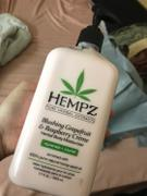 Hempz Blushing Grapefruit & Raspberry Crème Herbal Body Moisturizer Review