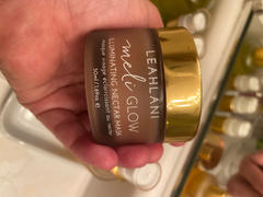 LEAHLANI Meli Glow Illuminating Nectar Mask Review