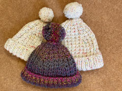 Deramores Hats in Stylecraft New Swift Knit Super Chunky (9724) Review