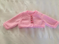 Deramores Cardigans & Hat by Jenny Watson in James C. Brett Baby 4 Ply (5005) Review