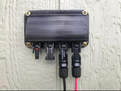 Cutting Edge Power Solar Panel Weatherproof Cable Wire Entry Housing, w Connectors, Made in USA Review