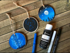 Artistro Wood Slices Kit: 24 Natural Wooden Discs, 14 Acrylic Marker Pens, Black Paint, Craft Kit Supplies Review