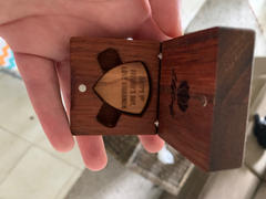 LilyCraft Guitar Pick with Personalized Wooden Gift Box Review
