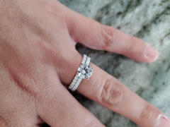 Tiger Gems 1.25 ctw Round Accented Solitaire Set Review
