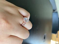 Tiger Gems 1.5 ctw Oval Halo Ring - Rose GP Review