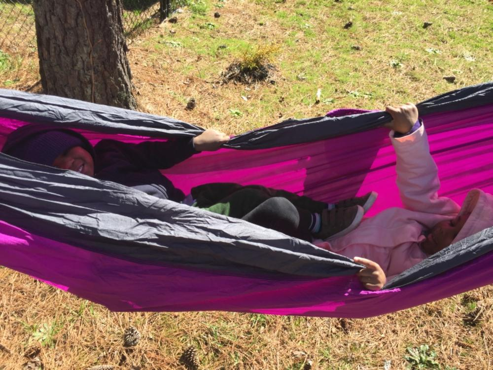 Hiking /& Beach Live Infinitely Double Outdoor Camping Hammock Set- Lightweight Compact /& Portable Two Person Parachute Nylon Hammock Set- 2-16 Loop Tree Straps Holds 500LBS-Ideal for Travel