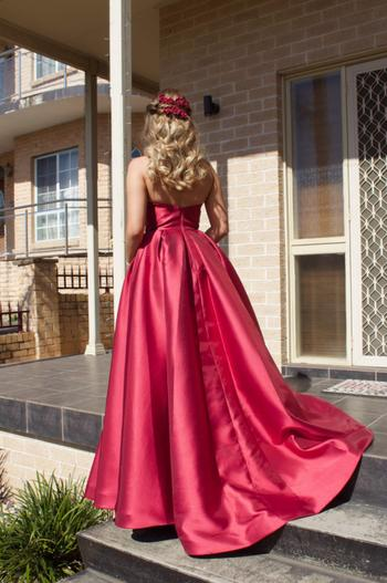Dress for a Night TINAHOLY Lucille Gown TA611 (Red) - RRP $440 Review
