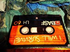 GeekyGet Retro Cassette Tape Plush Rug (Various Designs) Review