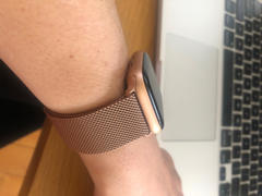 OzStraps Aurum Gold Milanese Loop Apple Watch Band Review