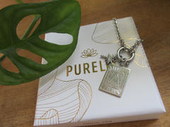 PURELEI PURELEI 'Letter A' Charm Silber Review
