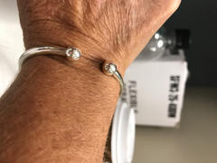 VY Jewelry Classic Bangle Review