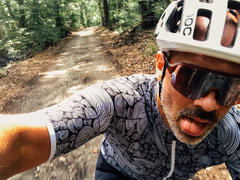 Velocio Men's Congdon SE Jersey Review