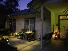 Next Deal Shop 2 Pcs Solar Powered Gutter Lights Review
