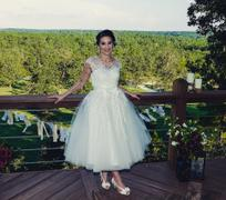 ieie Bridal Retro Vintage Short Tea Length Lace Wedding Dress | Clover Review