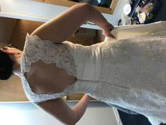ieie Bridal Vintage Style Lace Keyhole Back Wedding Dress with V Neck | Rayna Review