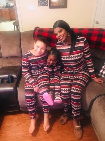 Bailey's Blossoms Family Sleepwear - Navy & Red Review