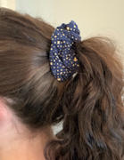 SweetLegs Canada Let It Glow Scrunchie Review