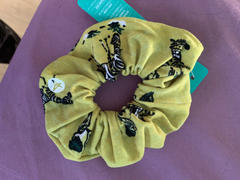 SweetLegs Canada Be-Dazzled Scrunchie Review