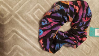 SweetLegs Canada Electric Slide Scrunchie Review