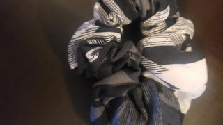 SweetLegs Canada Static Age Scrunchie Review