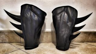 Tiger Stone FX Fins for your gauntlets or gloves - Can be made in various colors Review