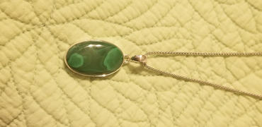Sivana African Malachite Pendant Review
