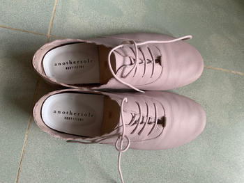 Anothersole INTL | Probably the best travel shoes Vicki - Lavender Review