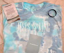 Elevated Faith Jesus is King Tie-Dye Unisex Tee Review